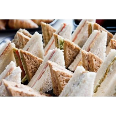 Plateau de sandwichs classique