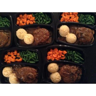 Boîte à lunch: Steak Salisbury, sauce à la bière et champignon