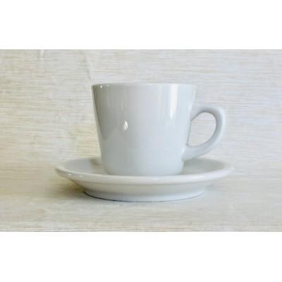 Tasses et soucoupes à café